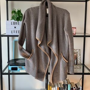 A&F Heavy Weight Waterfall Cardigan